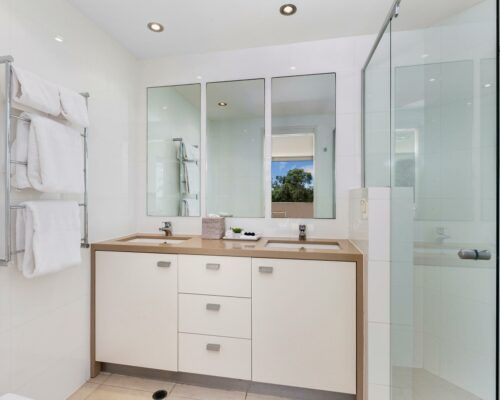 noosa-2-and-3-bedroom-accommodation-apt-4 (11)
