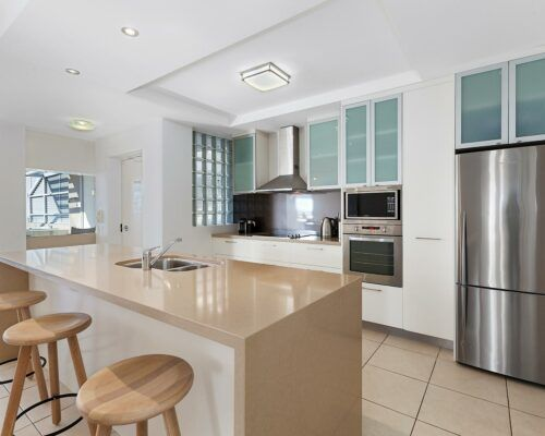 noosa-2-and-3-bedroom-accommodation-apt-4 (6)
